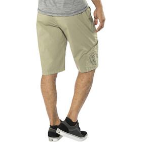 E9 Pentagon Shorts Men warm grey